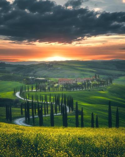 Winding roads of Italy